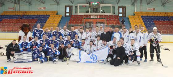 На Кобринщине отметили День милиции хоккейным турниром