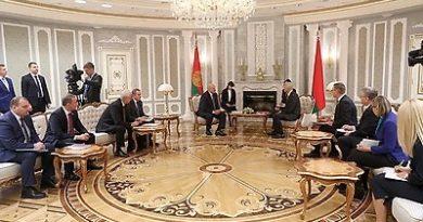 Визит премьер-министра Латвии в Беларусь