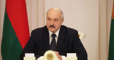 Александр Лукашенко провёл совещание по эпидемиологической ситуации в Беларуси