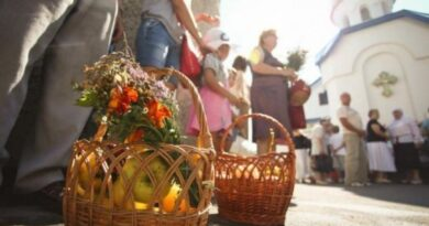 Успенский пост начинается сегодня у православных верующих