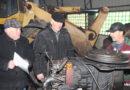 """В ОАО """"Стригово"""" активно готовят «железных коней» к будущей посевной"""