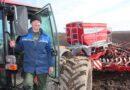 В кобринском ОАО «Городец-Агро» одними из первых на Брестчине начали сев овса и многолетних трав